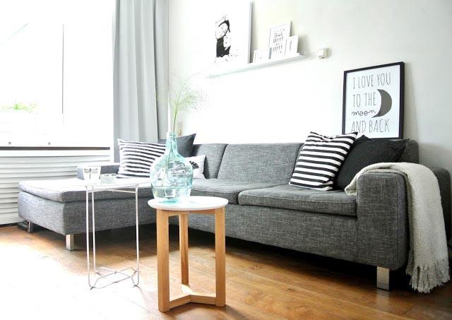 http://www.interiorjunkie.com/wp-content/uploads/2013/10/new_couch_nieuwe_bank_lounge_hoekbank_grijs_grijze_grey_black_white_interior_interieur_zwart_wit_paqhuis_poster_001.jpg