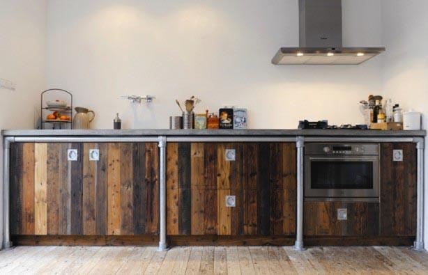 Keuken Steigerhout Maken : Creatief met steigerbuizen – INTERIOR JUNKIE