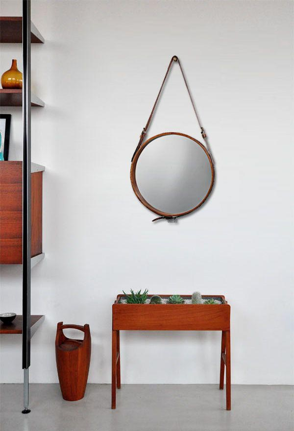 Ronde spiegel met leren band studio kop en schotel for Ronde spiegel met touw