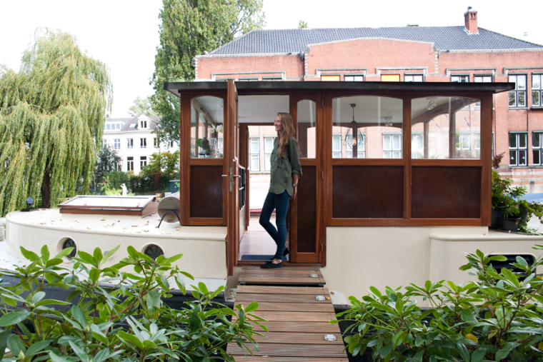 Binnenkijken op een Amsterdamse woonboot