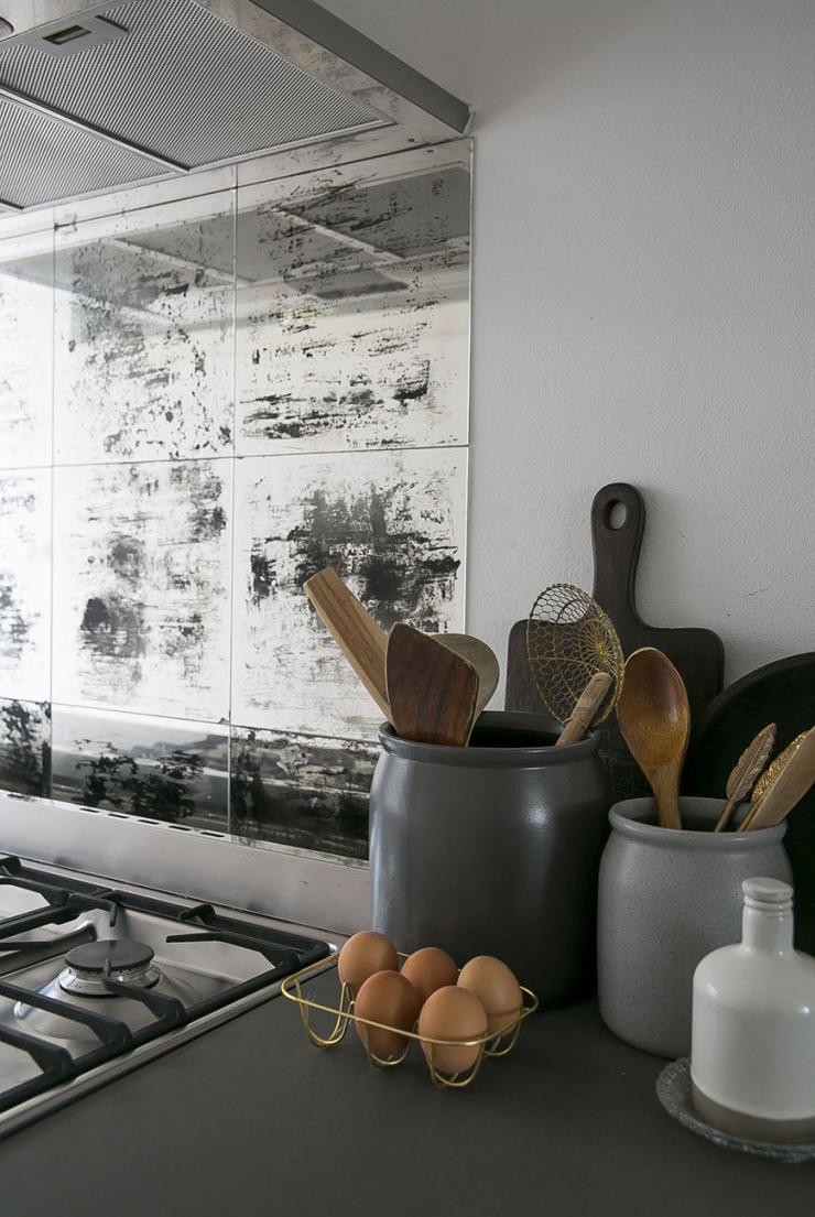Bijzonder voor in de keuken: deze spatplaat