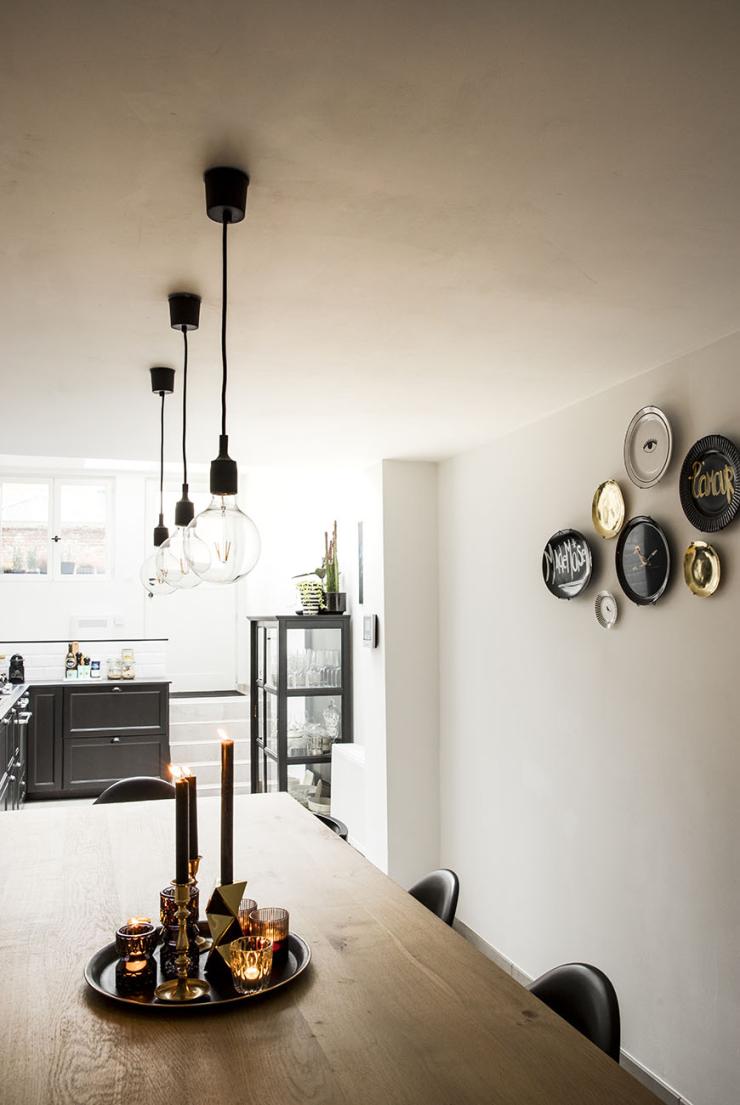 Pronken met een zwarte keuken