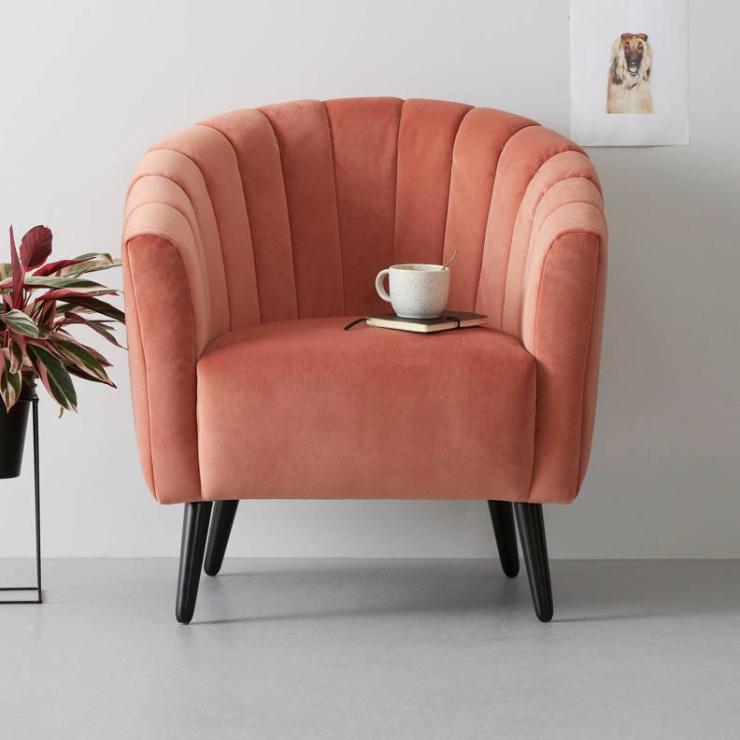 Woonfavorieten: hoge ladelast + fluwelen fauteuil
