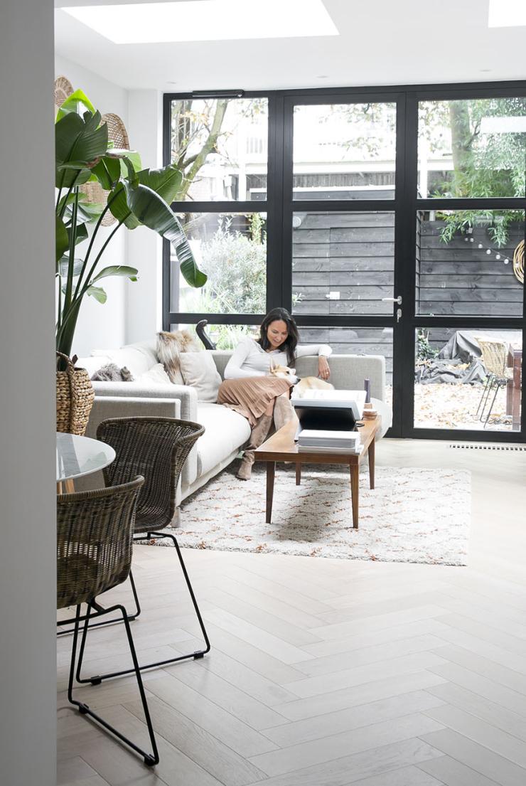 Thuis in het huis met stalen pui van Michelle
