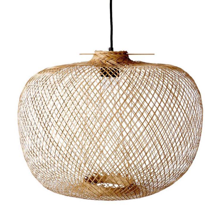 Woonfavorieten: bamboe hanglamp + chique barkruk