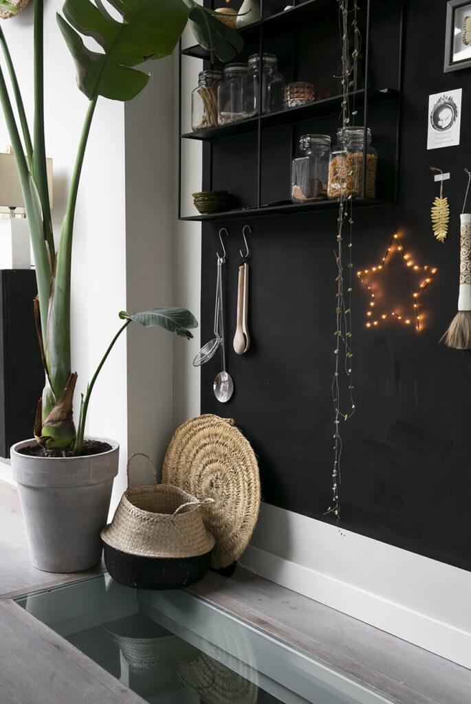 Wijnkelder DIY: maak een doorzichtige wand in de vloer