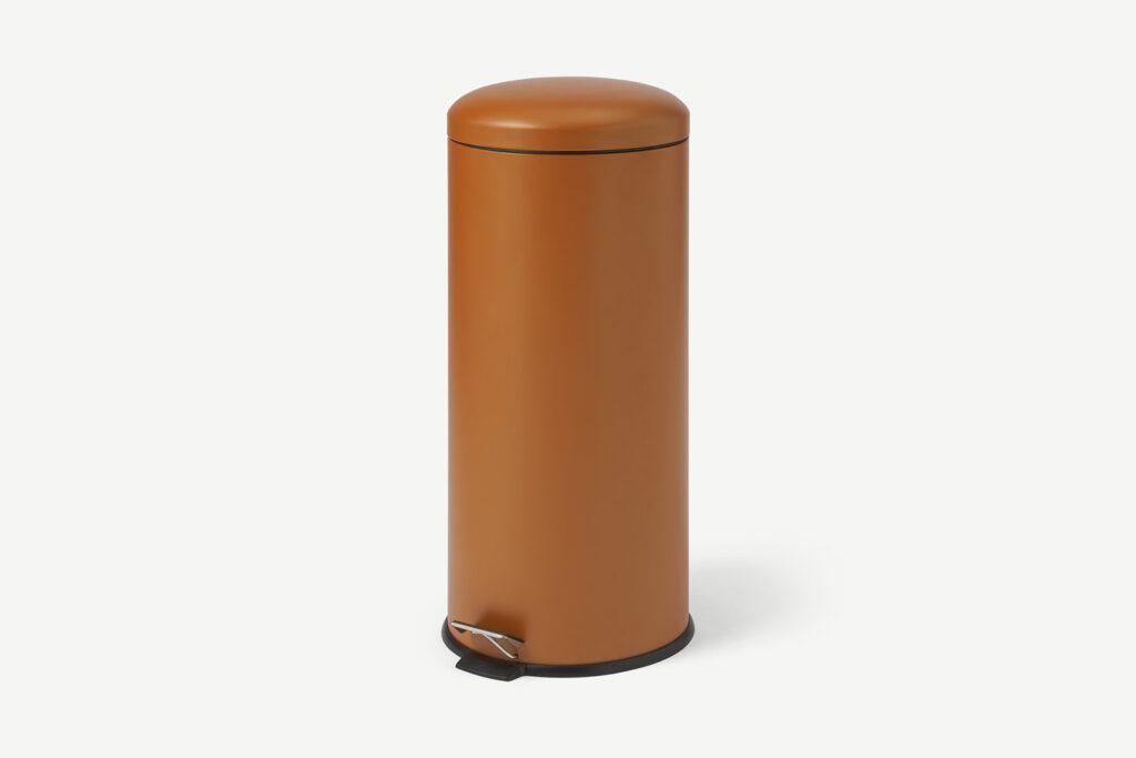 Woonfavorieten: cognacleren bank + multifunctionele vaas