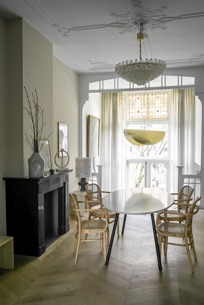 Thuis in het mid century modern interieur van Mariska