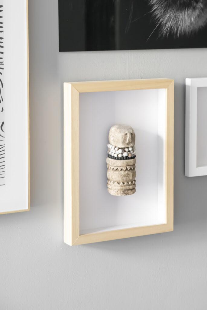 DIY: licht een Aziatisch beeldje extra uit door het in te lijsten